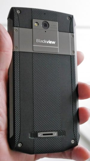 Blackview BV8000 Pro // Review // - Ein Outdoor IP68 5 inch Helio P25 Smartphone im Test