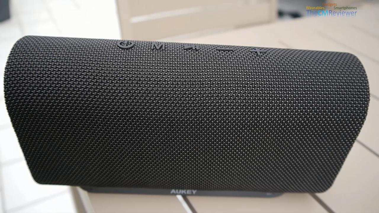 Aukey ® Eclipse Wireless Portable Speaker SK-M30 // Review //  - Stereo Bluetooth Lautsprecher Box im Test